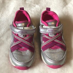 Stride Rite Made to Play Nicole Sneaker